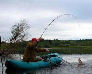 Выбор удилища для ловли с лодки